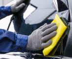 What Are The Differences Between Ceramic and Metallic Window Tints?