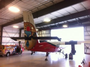 team acme wraps airplane for grand canyon airlines