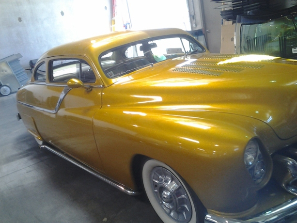Classic Car Custom Glass and Replacement (15)