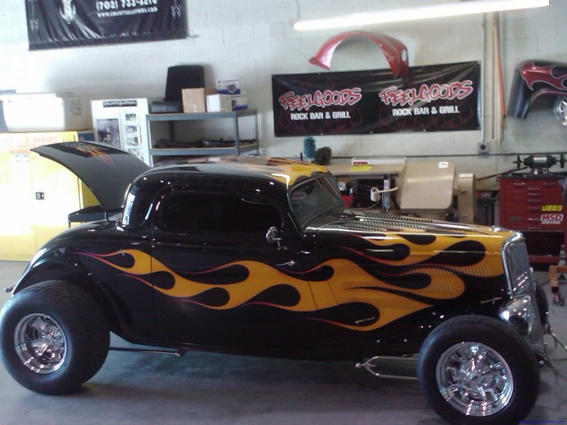 Custom Auto Glass Service For Hot Rods In Las Vegas Team