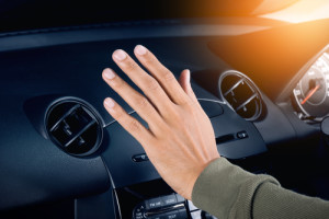 5 Hot Tips for Keeping Your Car Cool