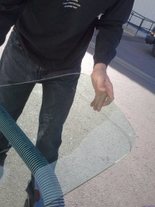 When To Repair A Windshield And When To Replace It