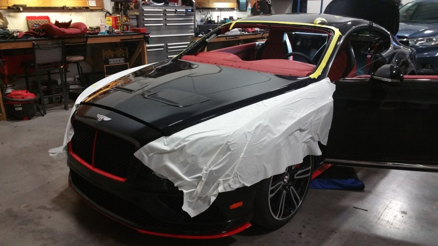 Bently GT Windshield Replace (2)